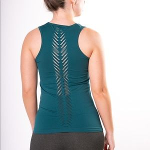 Tops - Luxury seamless teal leaf tank sizes XS-3X NWT